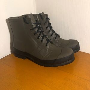 Hunter Waterproof Lace-Up Boots size 12